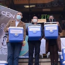 CBN continúa con su apoyo a la campaña de vacunación contra el COVID-19 con la donación de 100 conservadores de frío para vacunas al Sedes La Paz