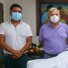 CBN entregó a La Guardia equipos de bioseguridad hechos en Bolivia