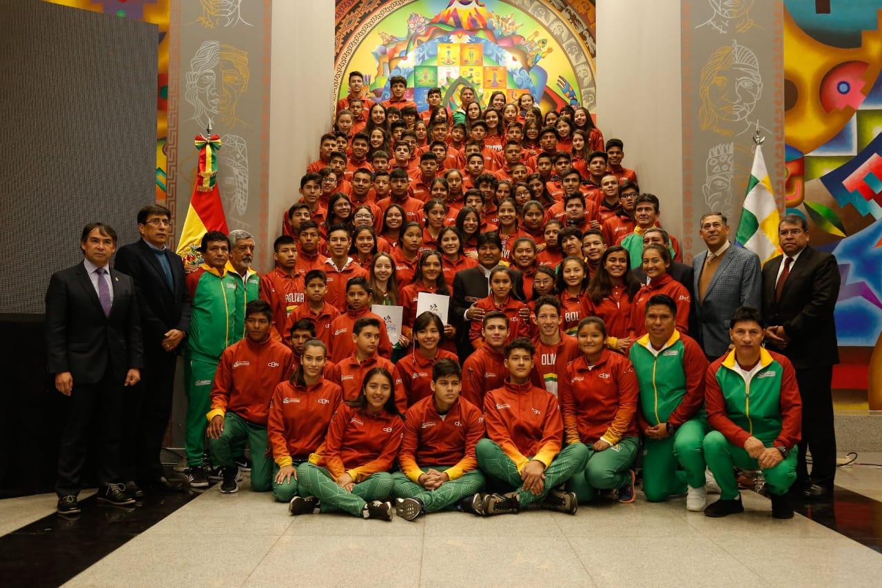 Lanzan TUNKITAS, para impulsar el  desarrollo de jóvenes atletas bolivianos