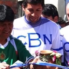 Evo Morales se enfrenta al Patrón Bermúdez en un partido de fútbol