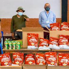 CBN entrega cereales a la comunidad Taquiña