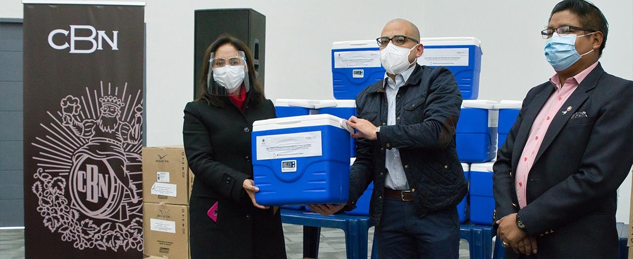 CBN continúa con su apoyo a la campaña de vacunación contra el COVID-19 con la donación de 40 conservadores de frío al Sedes Cochabamba